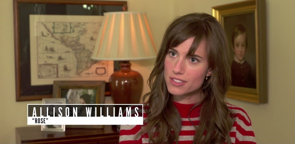 atriz allison williams dando entrevista pro filme Corra!