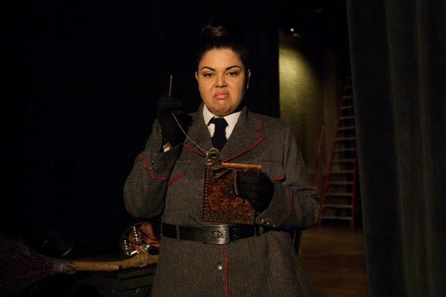 Fabiana Karla é Mínima Buongusto em Detetives do Prédio Azul 2 - O Mistério Italiano