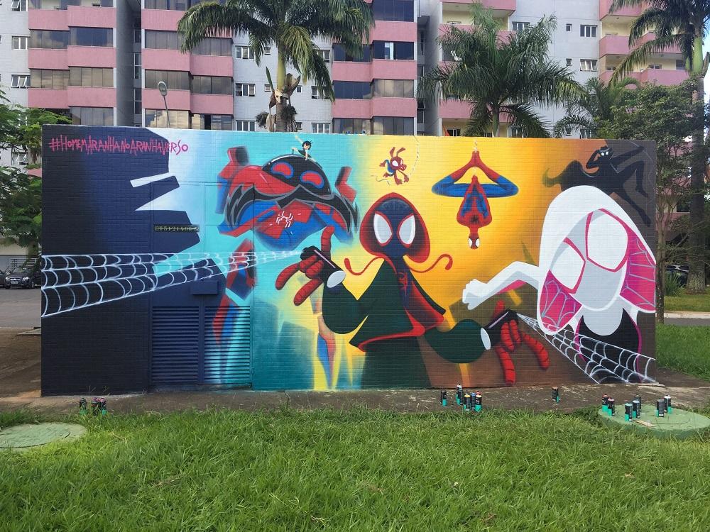 Homem-Aranha no Aranhaverso grafite