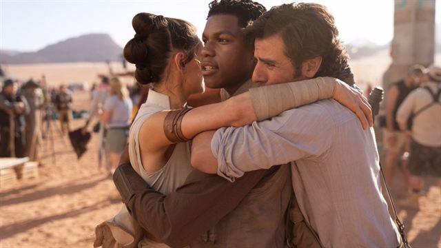 Star Wars IX | Elenco comemora fim das filmagens