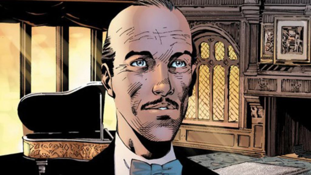 Alfred Pennyworth nas HQs