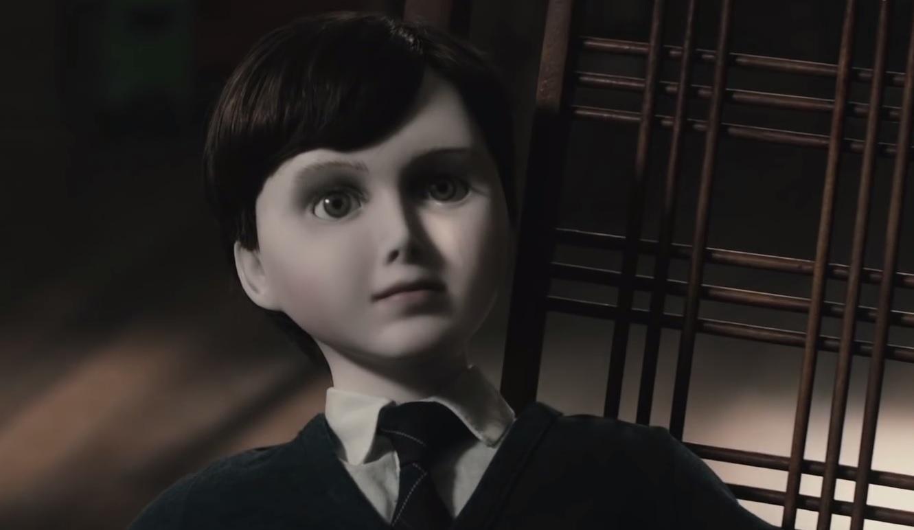 assustador brinquedo de boneco do mal 2