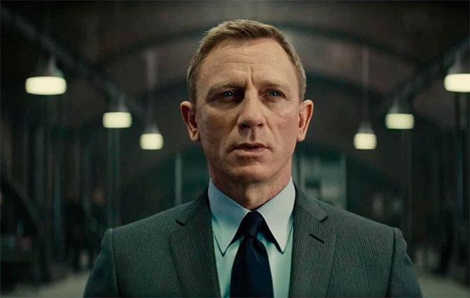 ator Daniel Craig como James Bond em 007