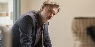 cena da primeira temporada de The Sinner com Bill Pullman