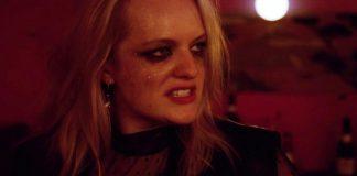 Elizabeth Moss em cena de Her Smell
