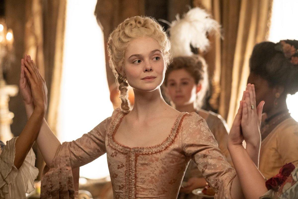 Elle Fanning como Catarina II