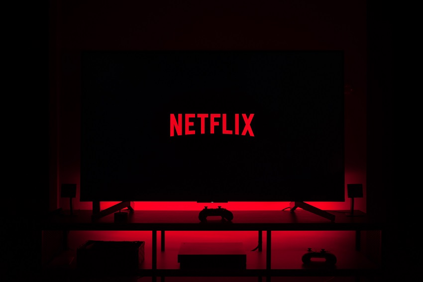 netflix-Photo-by-Thibault-Penin-on-Unsplash