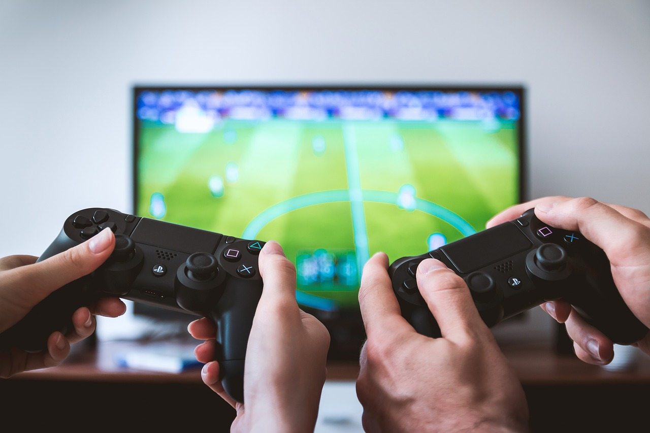 Imagem de Jan Vašek por Pixabay smart tv games console