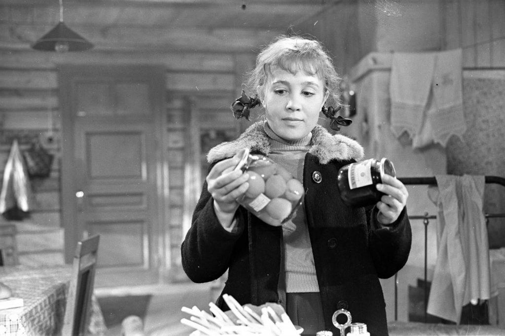 as garotas filme russo de Yury Chulyukin, presente na mostra mosfilm de cinema soviético e russo