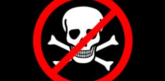 cosmocast pirataria