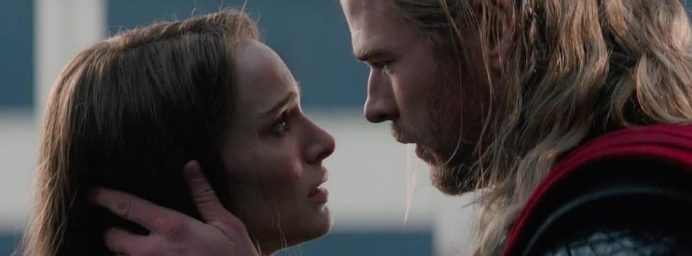 Fraco romance entre Thor e Jane Foster no primeiro filme