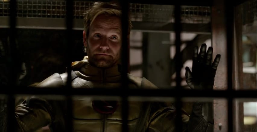 brave-new-world-flashpoint-has-arrived-in-season-3-trailer-of-the-flash-1070033