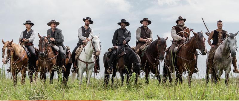 Os 7 personagens em cavalos
