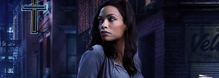 Claire Temple em poster da série Demolidor