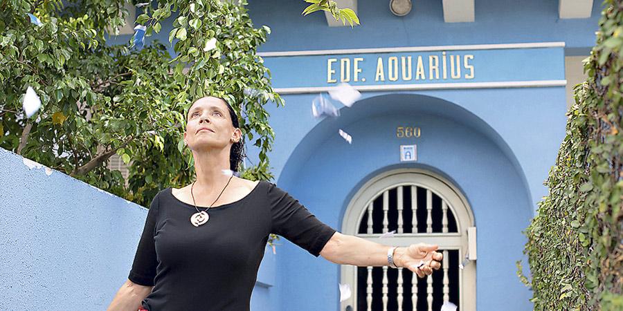 Sonia Braga em cena de Aquarius