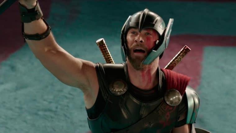 Chris Hemsworth ao encontrar Hulk em Thor: Ragnarok