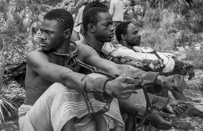 Personagens escravos no filme Vazante