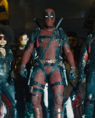 Deadpool e a X-Force no avião em cena do filme