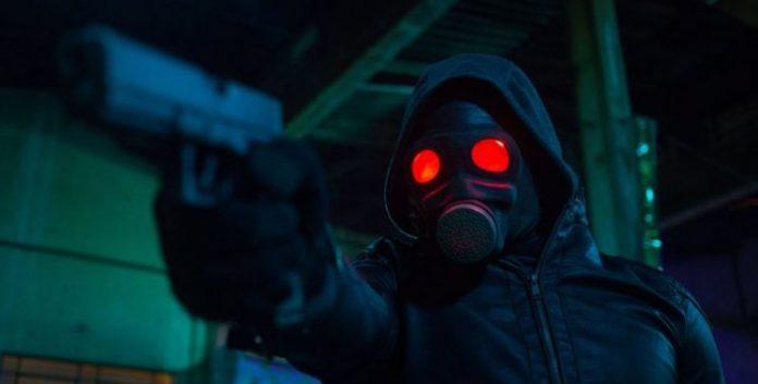 O Doutrinador kiko pissolato em cena do filme