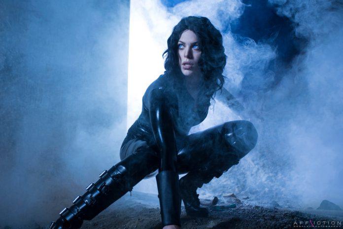 Miss_Sinister_-_Selene cosplays