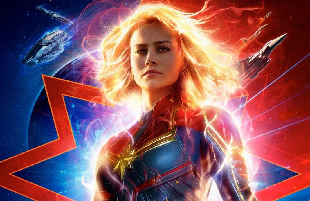 Brie Larson no poster de Capitã Marvel