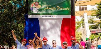 O-Fabuloso-Bloco-Amélie-Pulando